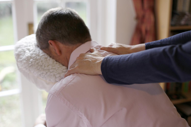 corporate massage cheltenham gloucestershire annie white